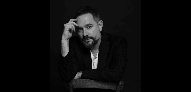 Win 2 tickets to see Tom Baxter at Cork Opera House!